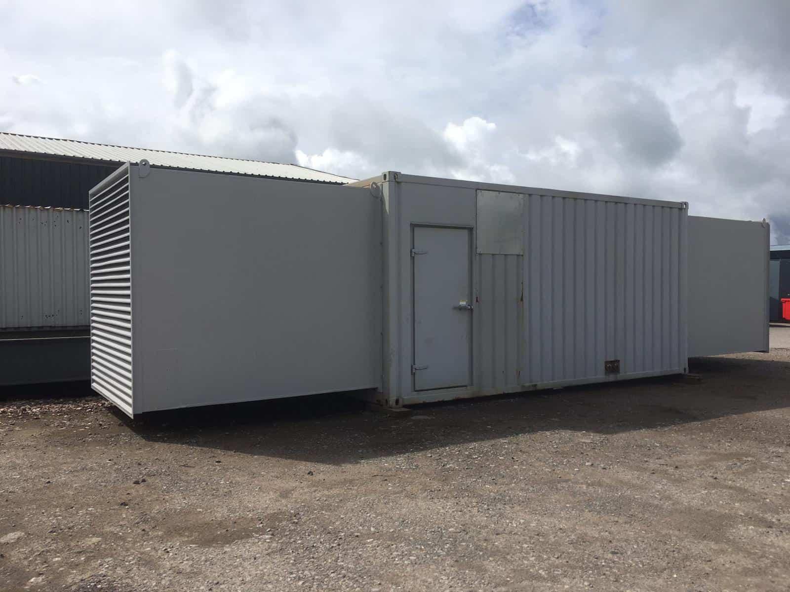 715 kVA Used diesel generator for sale